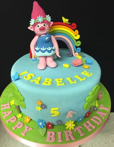 trolls_birthday_cake
